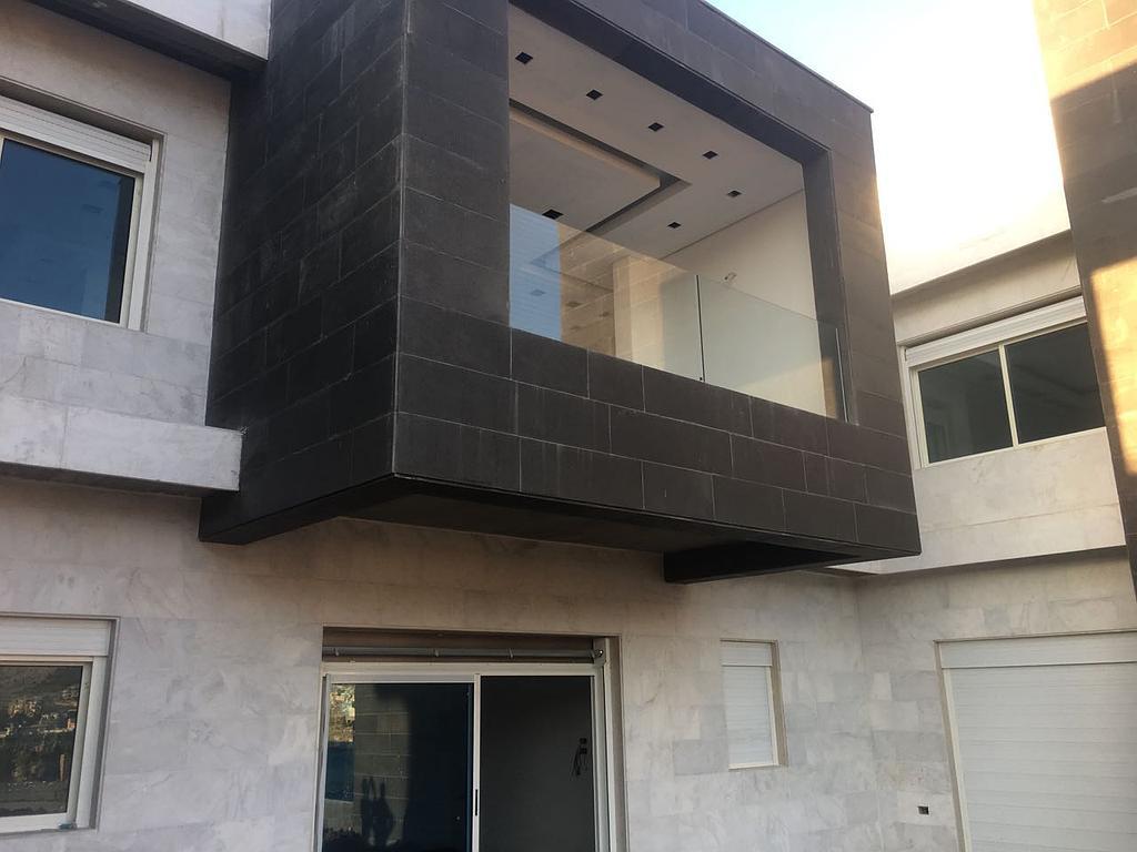 Villa - Rachaya-Balustrade